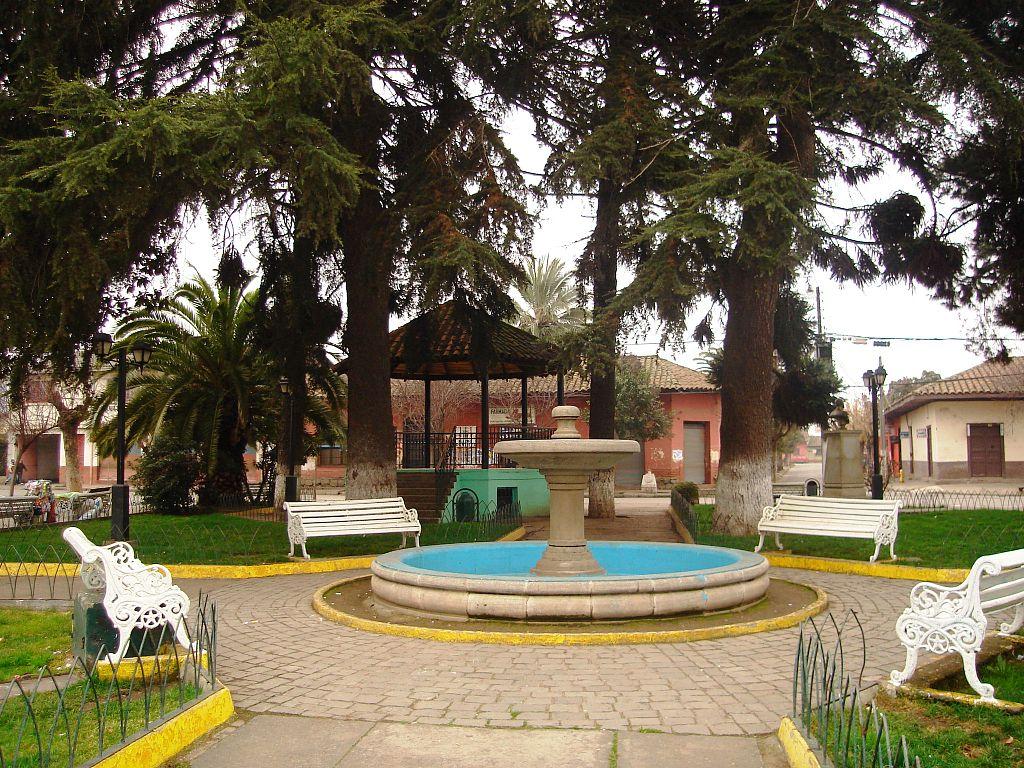 plaza_de_armas_de_doc3b1ihue1